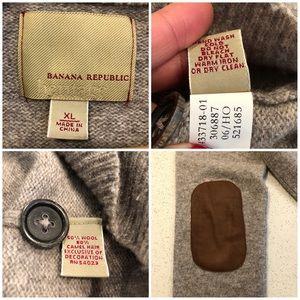 Banana Republic Sweaters - Banana Republic Wool elbow patches sweater XL